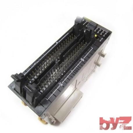 Omron CJ1W-OD262 Output Modül
