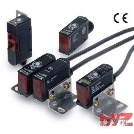 OMRON Photoelectric Sensors Sep NPN w/Conn Horiz 7 M