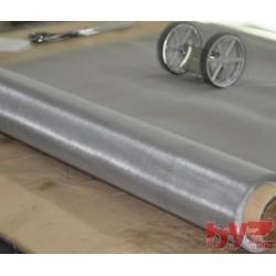 Paslanmaz Elek Teli 110 Mesh 130 Mikron Tel Kalınlığı : 0,1 mm Açıklık : 0,130 mm En: 150 cm AISI304 Krom Nikel