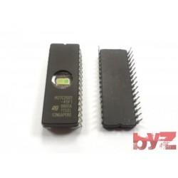 M27C2001-45F1 - EPROM 2M-Bit 256K 45 ns DIP 32 M27C2001-45 M27C2001 27C2001